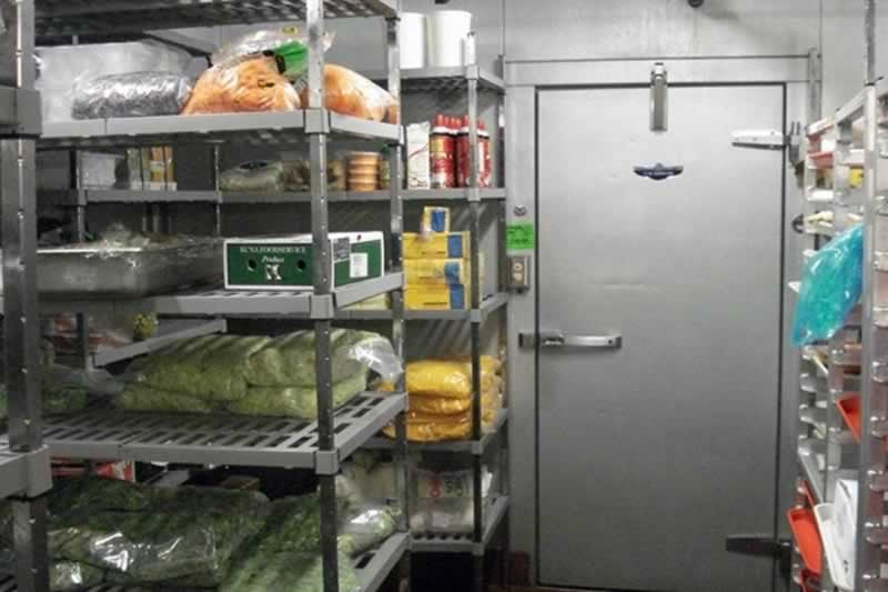 The Benefits of a Walk-In Freezer for Businesses