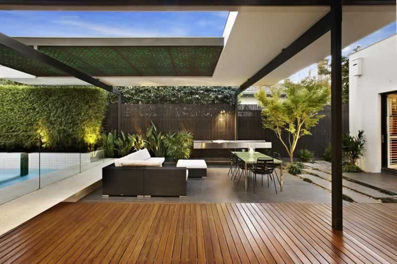 HOW A CUSTOMISED ALFRESCO CAN TRANSFORM YOUR OUTDOOR SPACE
