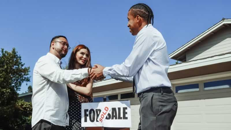 House Selling Do's and Don'ts According to The Experts - sold