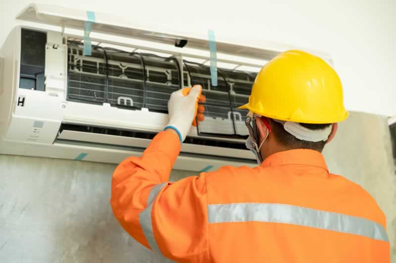How To Choose The Right Heating And Cooling Contractor