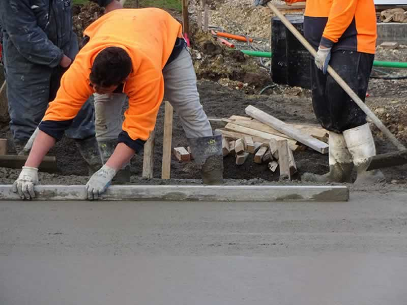 How To Find the Best Concrete Contractor in Kansas City - leveling