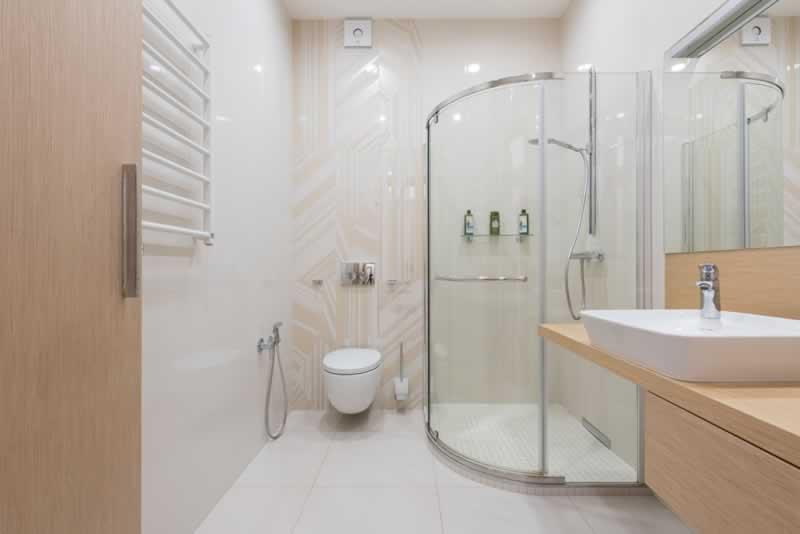 Hogyan kell felszerelni egy fürdőszobát