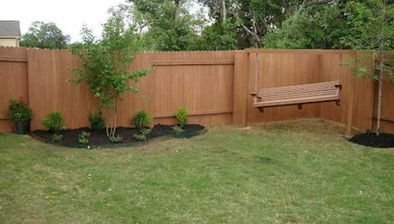 6 Affordable Fence Ideas for Your Yard - privacy fence