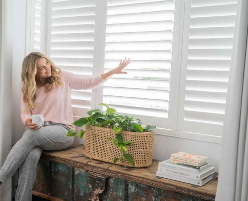 6 Reasons Why You Need to Use Shutters Than Any Window Coverings - shutters