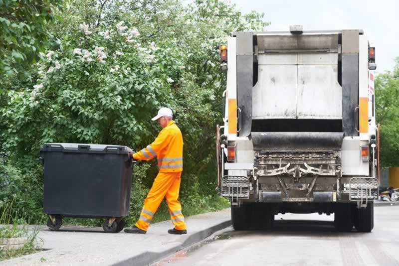 7 Types of Waste Disposal Tools and Accessories that Businesses Should Know About