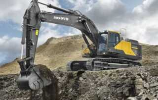 A Beginner's Guide to Maintain and Operate an Excavator