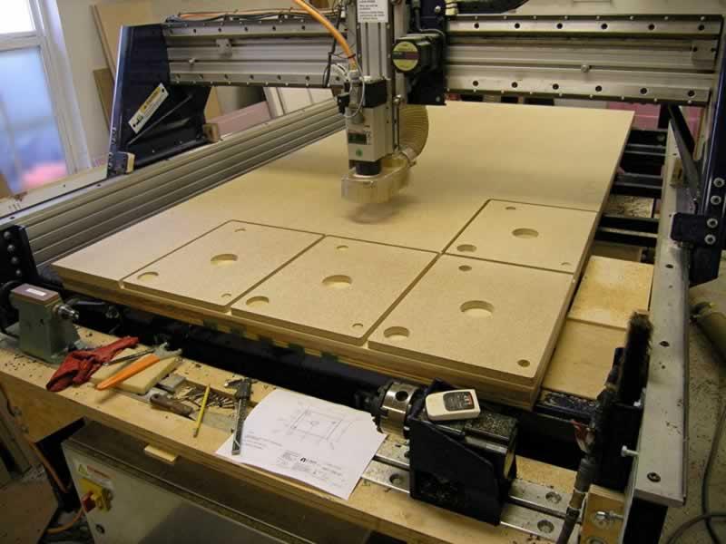 CNC Machining for Beginners - CNC milling machine