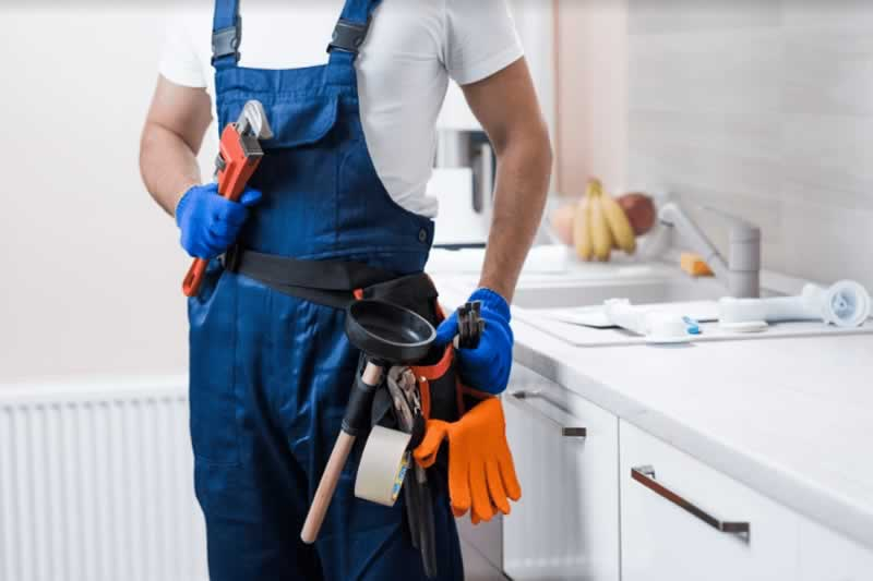 Do not hire a plumbing professional expert without going through these tips - plumber