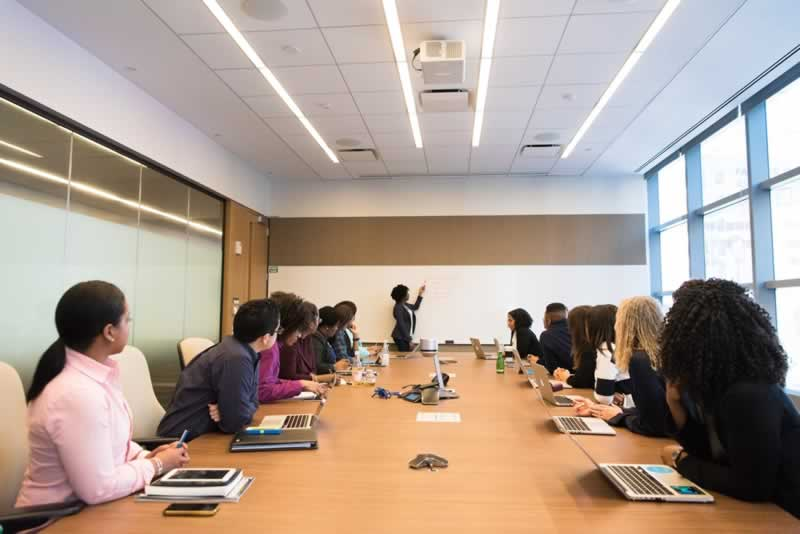 How To Use Your Office Space More Efficiently And Increase Productivity - meeting