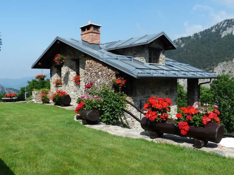 Learn How To Redo Your House To Prepare It For Every Season - house