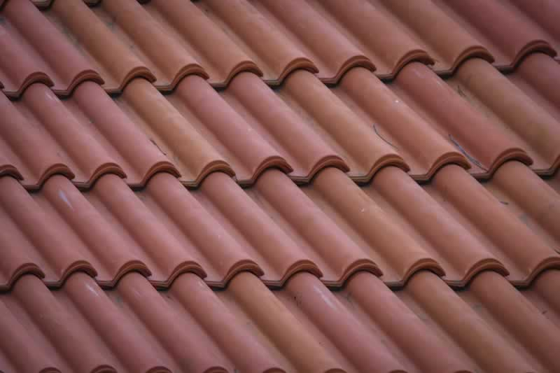 Roof Maintenance Do's and Don'ts According to the Experts - roof