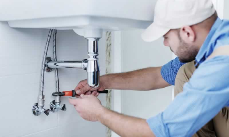 The Top Benefits of Partnering with a Reliable Plumbing Company - plumber
