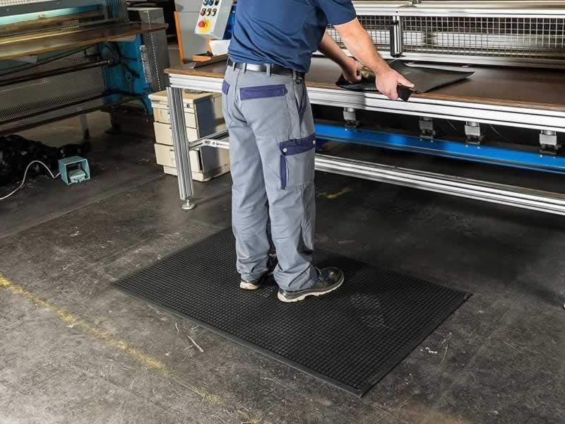 Ways Anti-fatigue Mats can improve productivity and well-being - mat