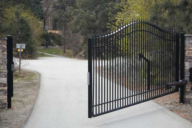 What Happens With Your Automatic Gates When The Power Goes Off - automatic gate