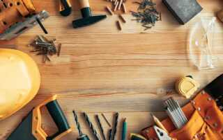 When to Hire a Handyman and When to DIY