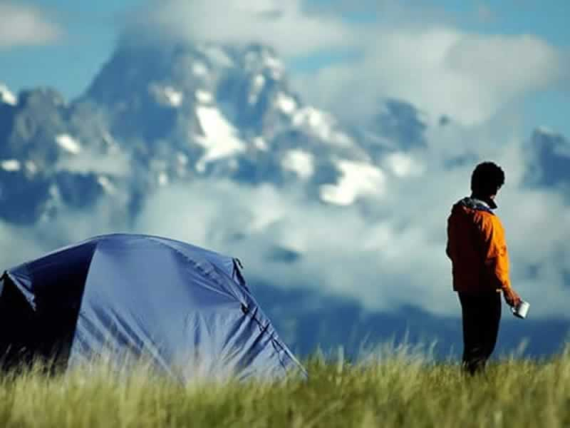 Camping Alone - The Do's and Don'ts - camper