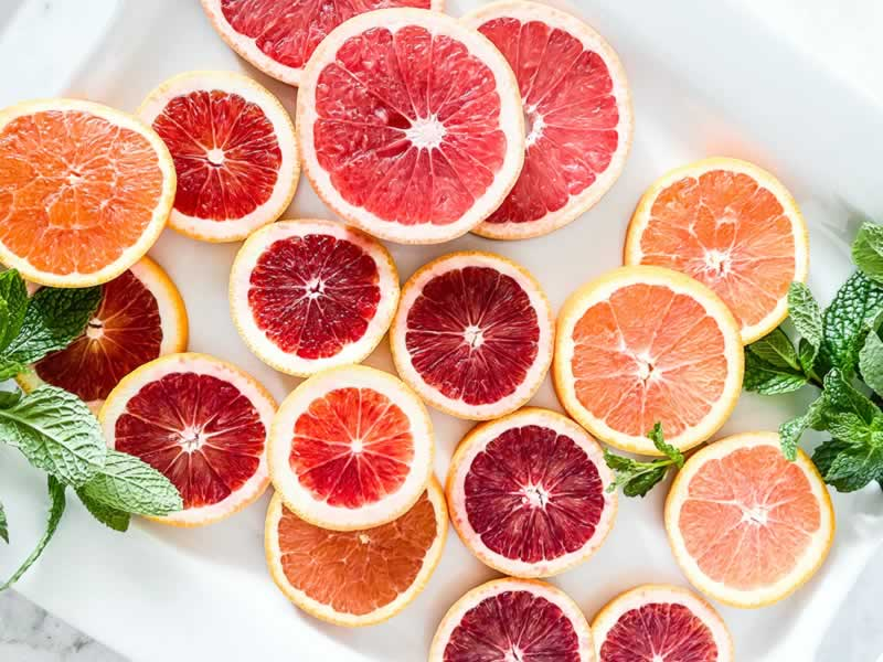 Essential Oils to Wooden Surfaces - grapefruit