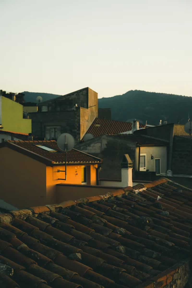 Here's How To Check If It's Time To Replace Your Roof - old roof