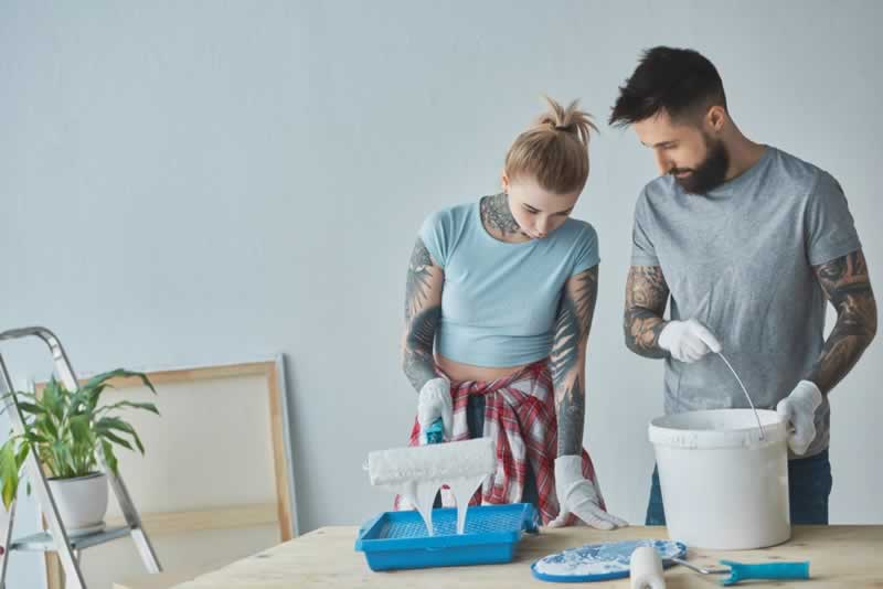 How to Find the Right House Painting Company and Painter - DIY painting