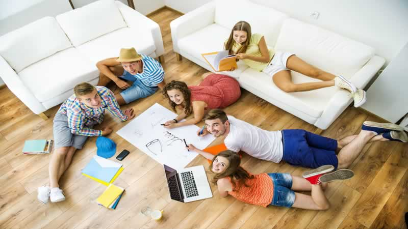 Pros and Cons of Living Off Campus - student housing