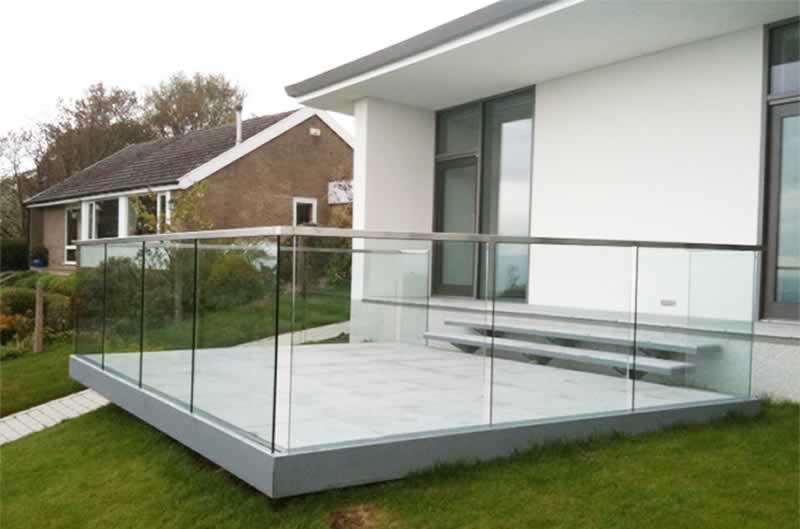 Top Balustrade Design Ideas For Your Balcony