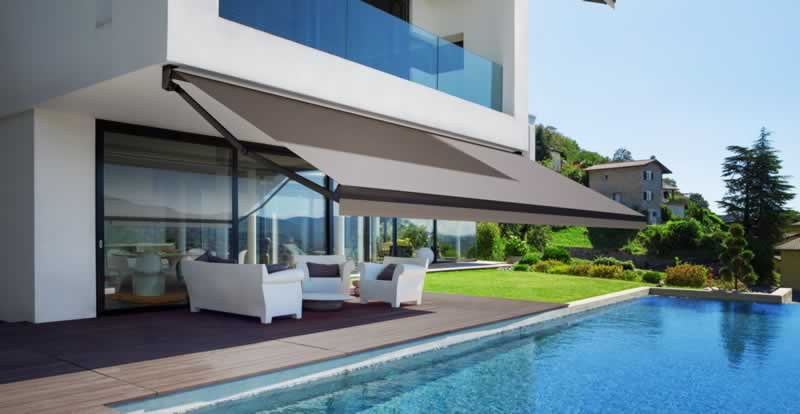 Top Reasons You Should Invest In Retractable Awnings