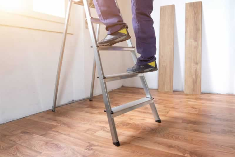 What Should You Look For When Buying a New Ladder - ladders