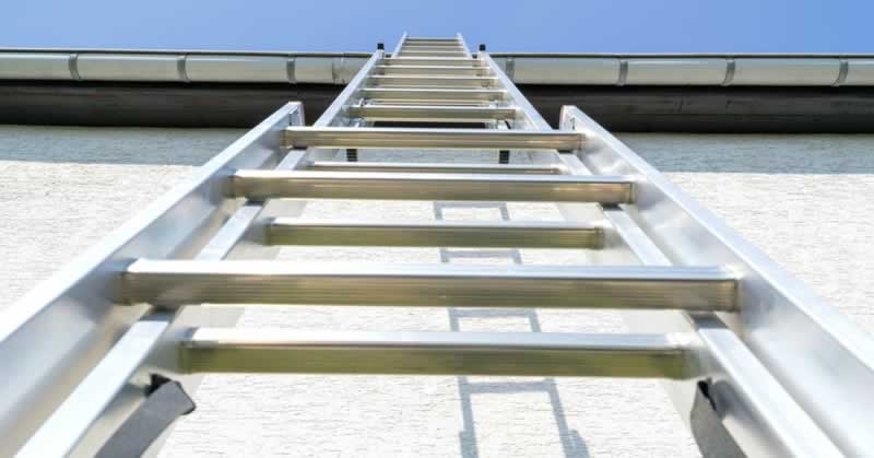 What Should You Look For When Buying a New Ladder