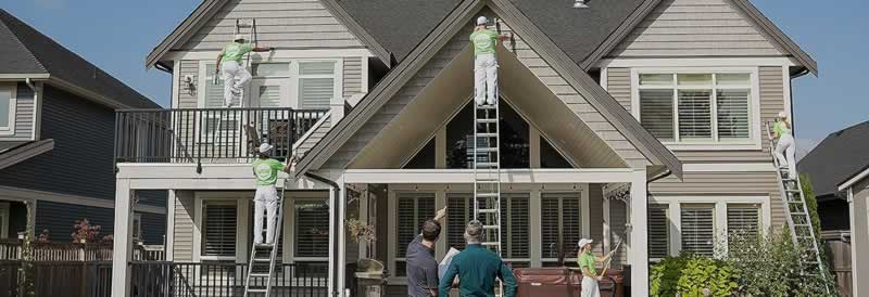 Why You Should Hire a Professional to Paint your Home's Interior and Exterior Walls - painters
