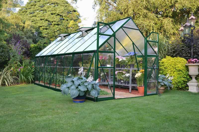 4 Ways to Keep Your Greenhouse Cool in Summer - greenhouse