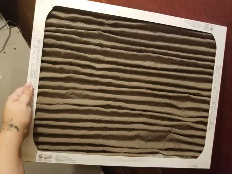 6 Signs That You Should Change The Air Filters In Your Air Conditioner