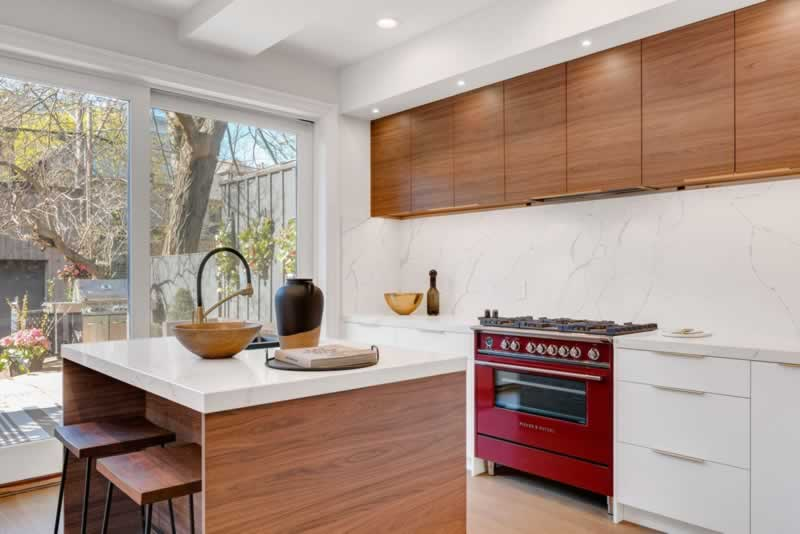 Everything You Need to Know for Replacing Kitchen Doors