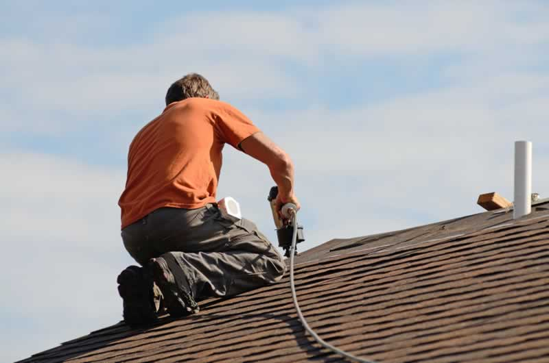 Guide To Finding The Best Local Roofers in St. Louis - roofer