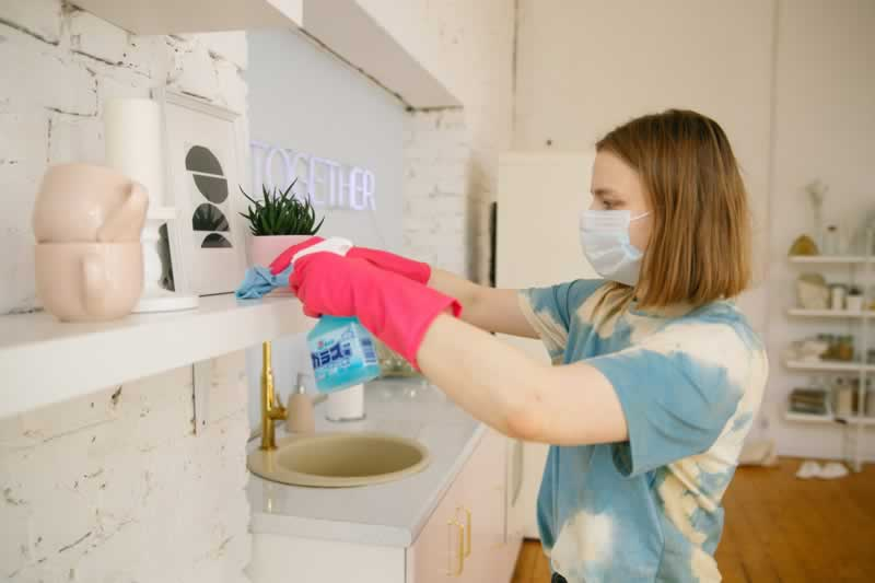 How To Effectively Stop The Spread Of Germs And Viruses In Your House