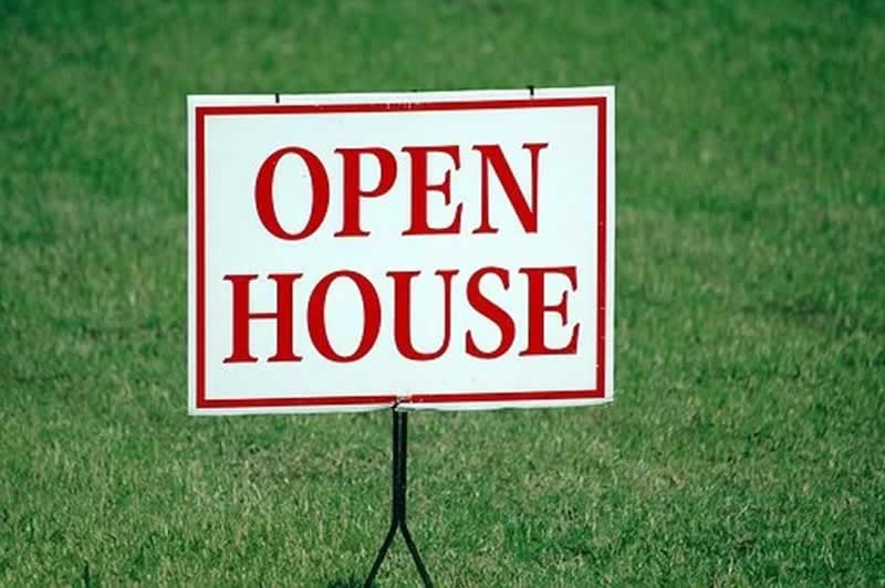 How to Sell Michigan Property for a Good Price - open house