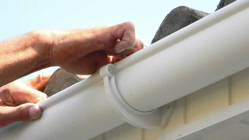 Different Types of Gutter Hangers for You to Choose From
