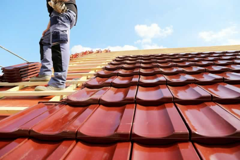How To Find The Best Roofing Contractor For Your Project - clay roofing