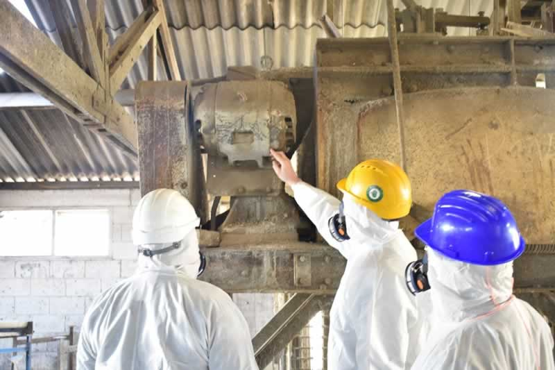 How to Find the Best Company for Asbestos Inspection