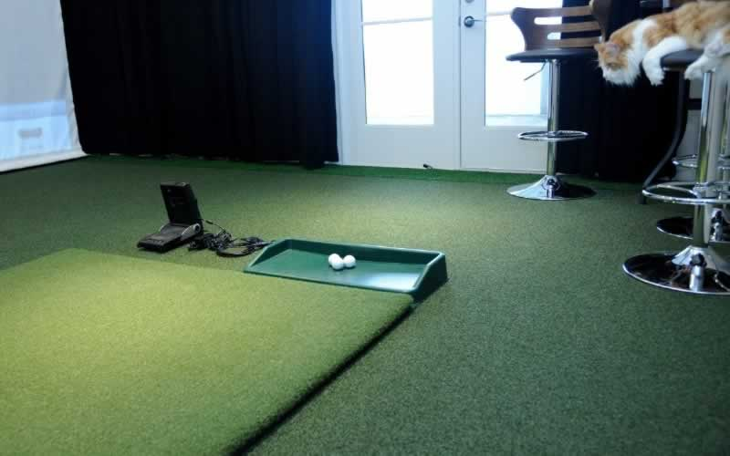 How to Get the Perfect Home Golf Setup - hitting mat