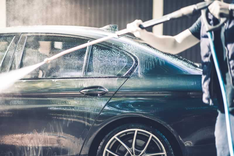 How to Wash a Car with A Pressure Washer - washing car