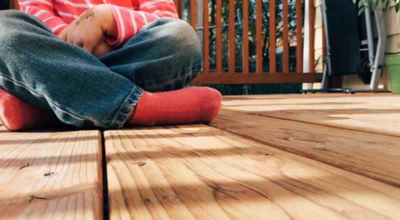 What is the lifespan of Ipe wood, and how to maintain it - deck